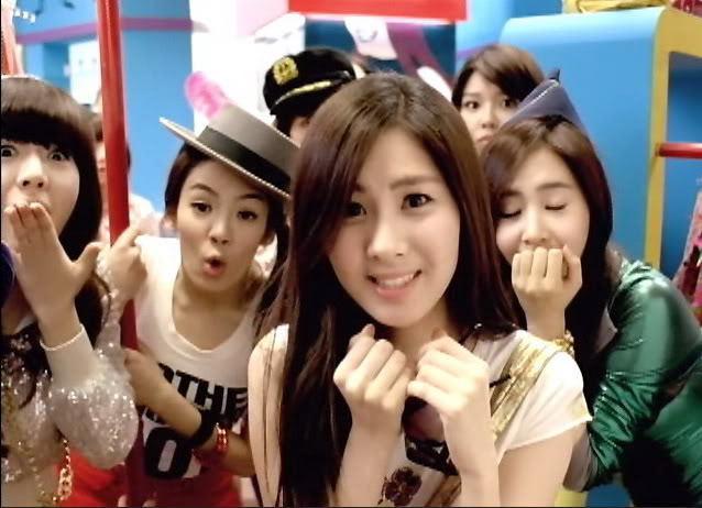 yoona girls generation pictures. SNSD Girls Generation –
