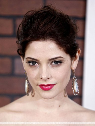 "Ashley attends the premiere of ""Sherlock Holmes"""