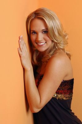 Carrie !! - carrie-underwood Photo