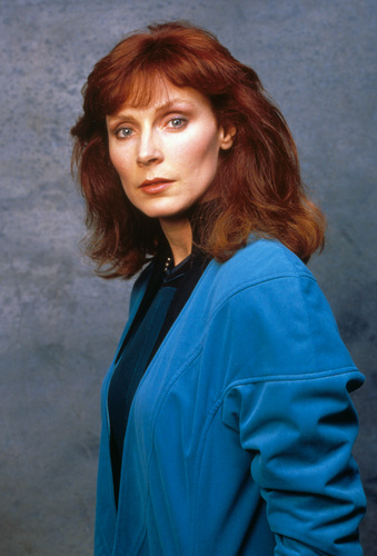 Star Trek-The Next Generation wallpaper entitled Doctor Beverly Crusher