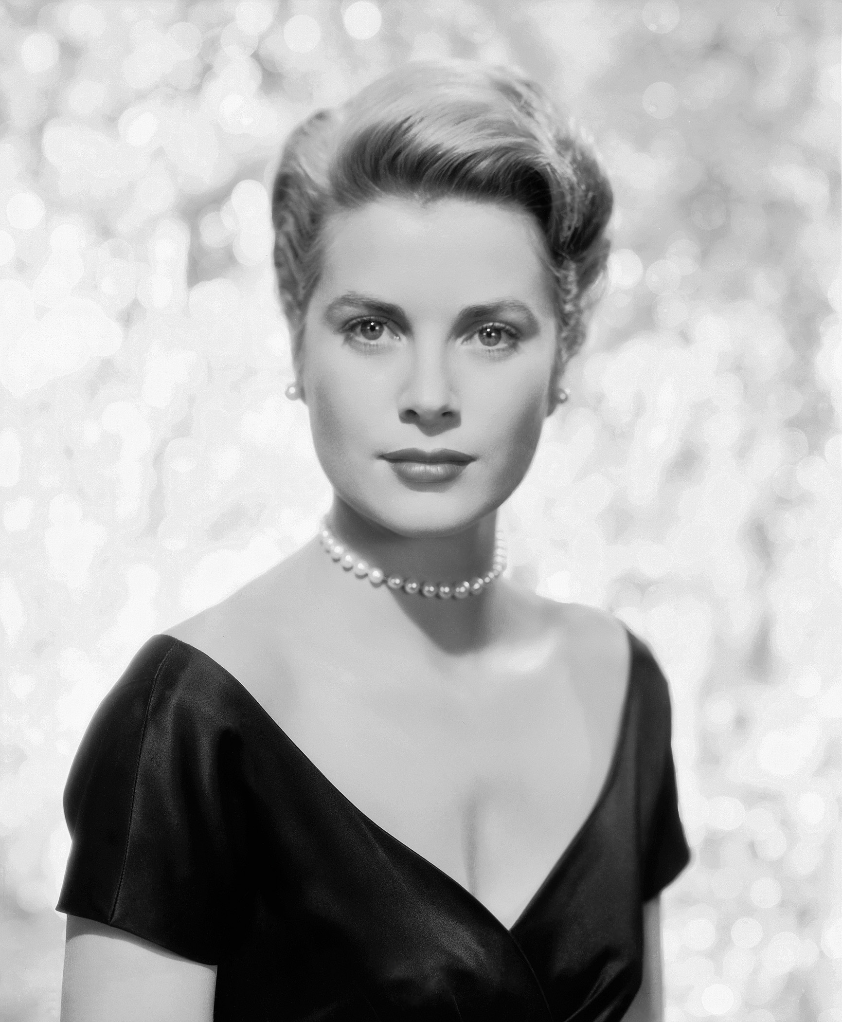 1950s hairstyles on pinterest grace kelly 1950s hairstyles and pin curls. Black Bedroom Furniture Sets. Home Design Ideas