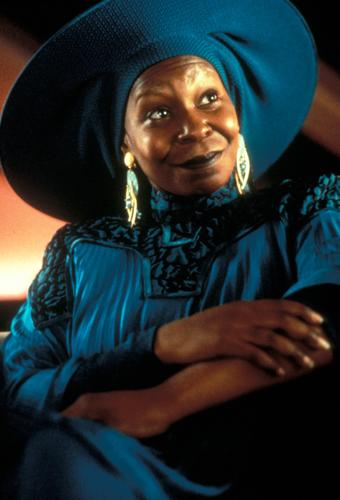 Guinan - star-trek-the-next-generation Photo