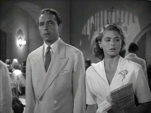 Casablanca Обои with a business suit and a suit titled Ilsa Lund and Victor Laszlo