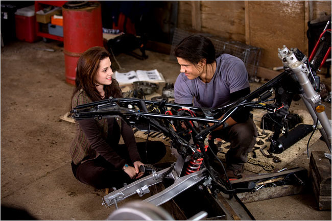 Jacob and Bella, new still from New Moon
