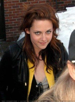 Kristen Stewart Paparazzi on Kristen By Paparazzi Kristen Stewart 9460531 298 400 Jpg