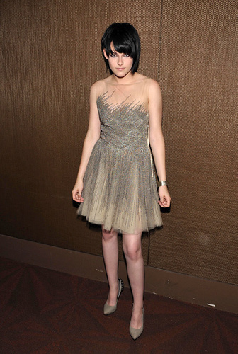Kristen stewart pics :)