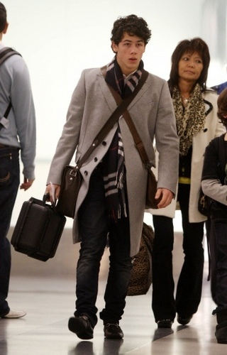 LAX Airport. 17.12.09