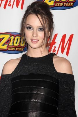 Leighton Meester - Jingle Ball