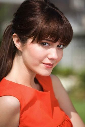 Mary Elizabeth Winstead | Saturday Night Magazine Photoshoot (2007)