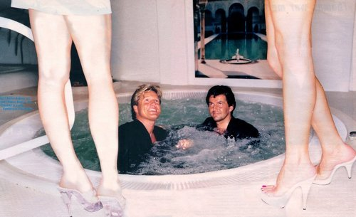 Modern Talking achtergrond with a hot tub entitled Modern Talking