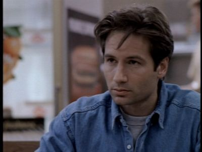 fox mulder images mulder pilot 3 wallpaper and background photos