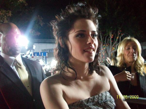 New pics of Kristen
