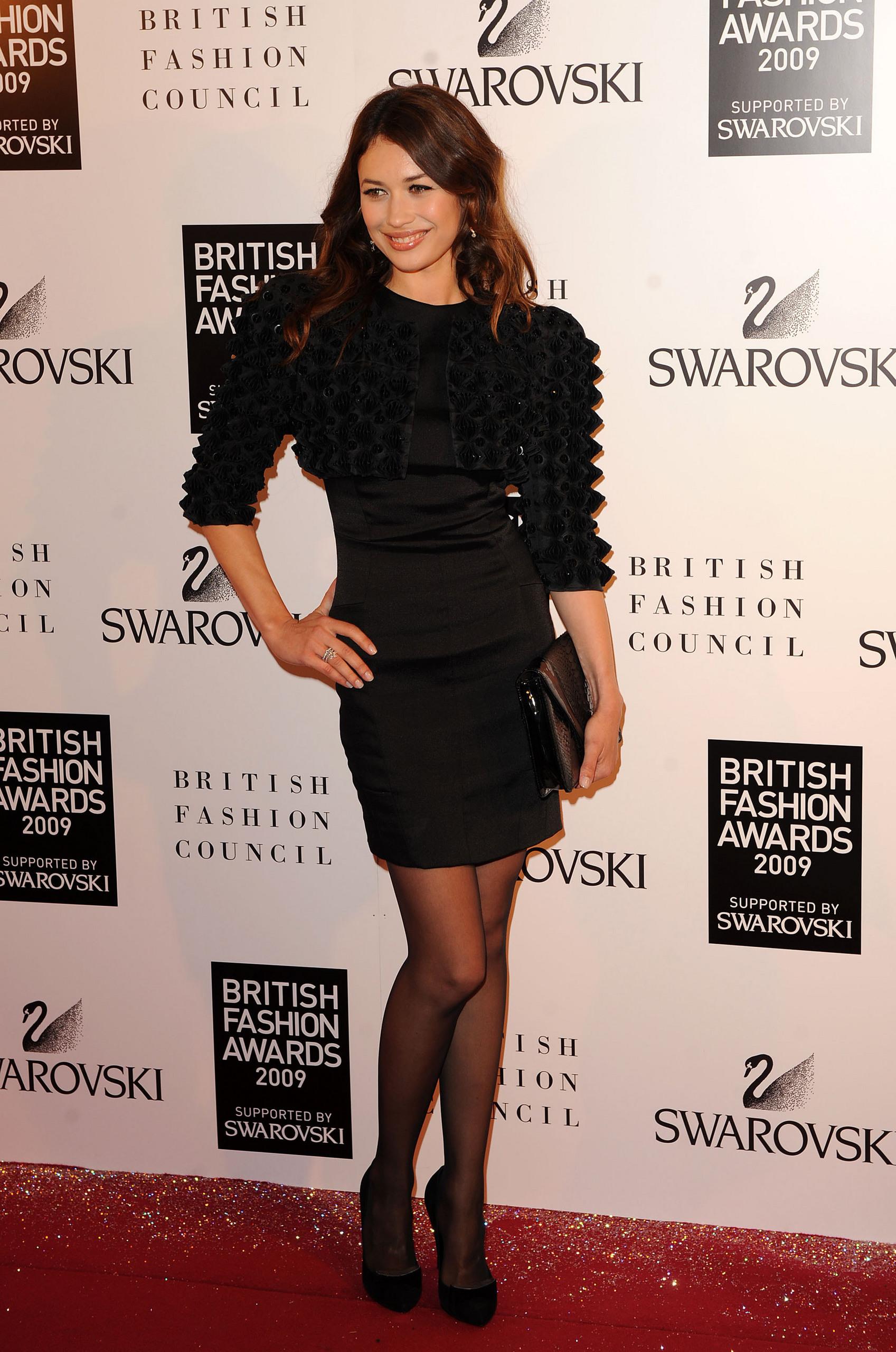 Olga Kurylenko   British Fashion Awards 2009 (HQ)