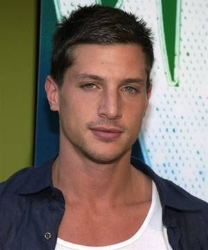 Simon Rex is Gorgeous