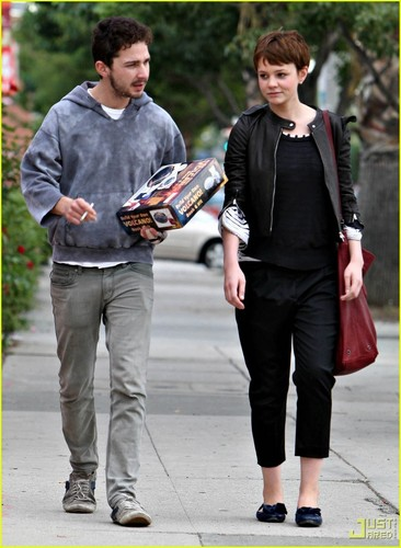 Shia LaBeouf & Carey Mulligan Build Their Own 화산