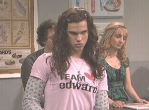 Taylor/Jacob Fan Girls wallpaper containing a portrait titled Taylor Lautner SNL