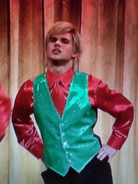Taylor Lautner SNL