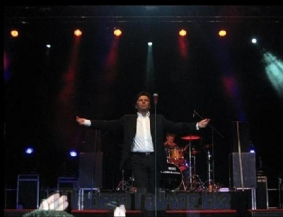 Thomas Anders kertas dinding containing a konsert called Thomas Anders