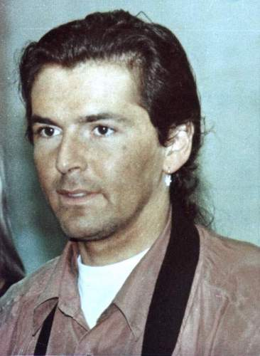 Thomas Anders Hintergrund possibly containing a green beret, kampfanzug, schlachtkleid, and schlacht-kleid entitled Thomas Anders