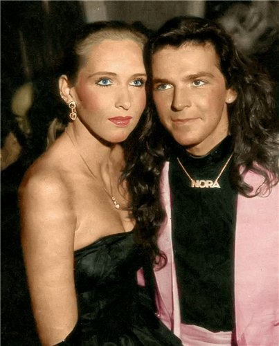 Thomas Anders Hintergrund containing a portrait called Thomas & Nora
