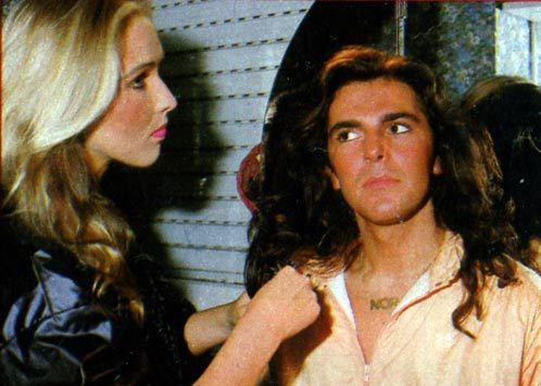 Thomas Anders Hintergrund with a portrait entitled Thomas & Nora