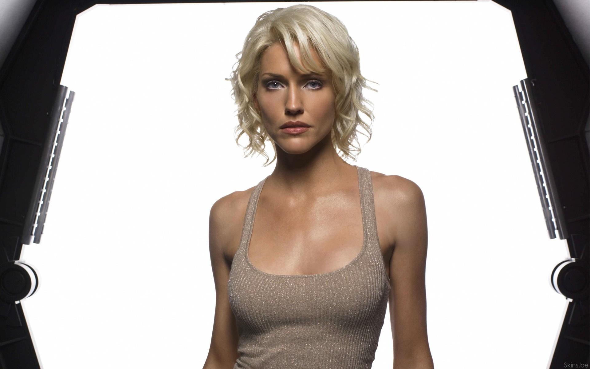 Tricia Helfer Battlestar Galactica Widescreen Wallpaper