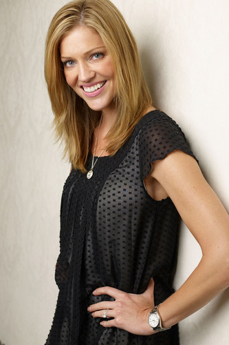 Tricia Helfer | 'Walk All Over Me' Portraits, TIFF 2007 - tricia-helfer Photo