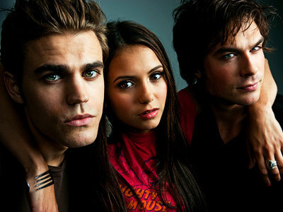 The Vampire Diaries Couples wallpaper containing a portrait titled Vampire Love