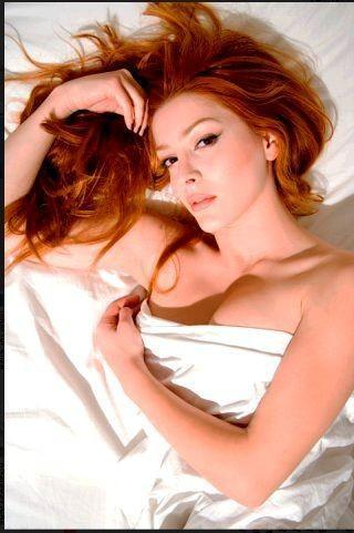 Elena Satine پیپر وال containing a portrait and attractiveness called elle سے طرف کی Tyler shields