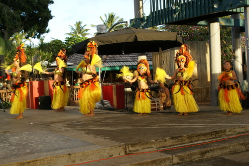 hawaii dancers 2
