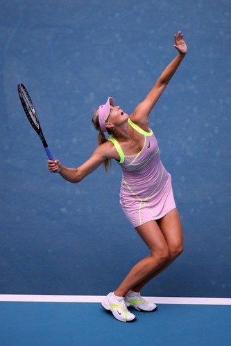 Maria Sharapova karatasi la kupamba ukuta containing a tennis player, a tennis pro, and a tennis racket entitled priya