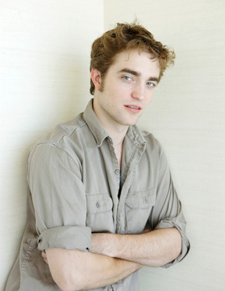 *NEW* Robert Pattinson Pictures From 일본