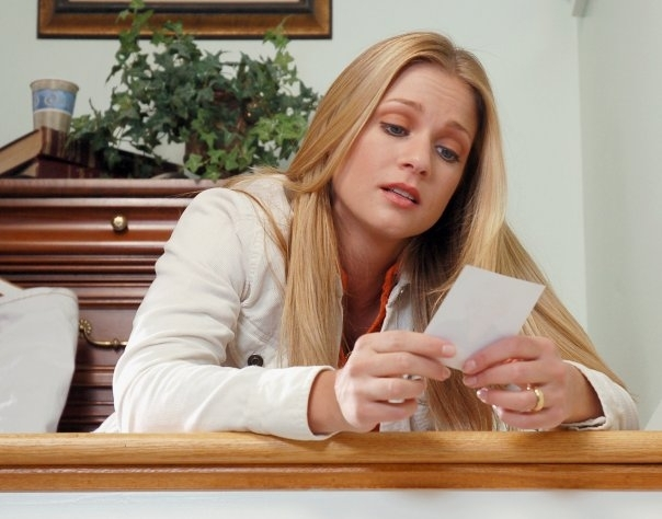 New Nices Wallpapers: A J Cook Cleavage
