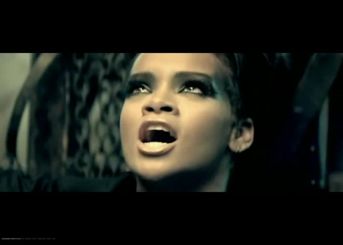Disturbia Rihanna Cover Rihanna Disturbia Cove...