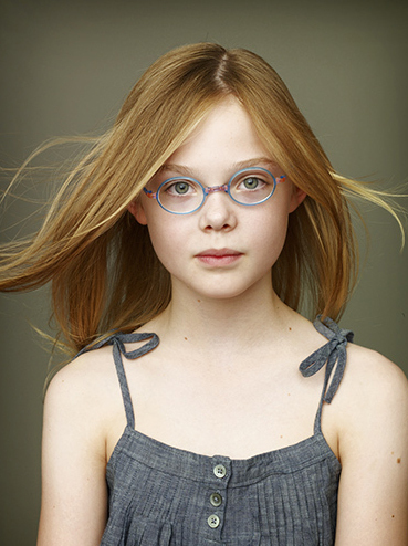 Elle Fanning Обои probably with sunglasses titled ELLE