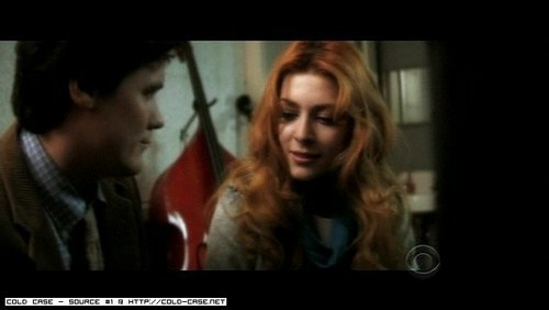 Elena Satine پیپر وال containing a portrait titled Elle on Cold Case