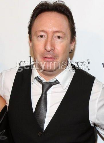 Jules & James, Jules & James, Julian Lennon