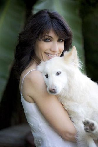 Lisa @ Doggie Aficionado [June 2009]