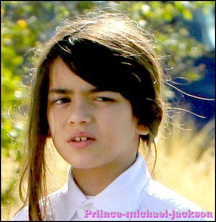 Michael's em bé ;*