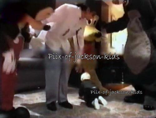 Michael's bayi ;*