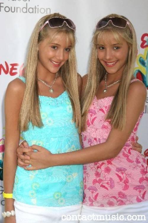 Camilla Rosso and Rebecca Rosso - Stock Editorial Photo
