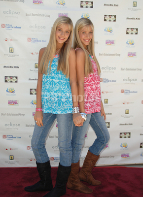 Small Teen milly & becky rosso images milly & becky: small change to make a