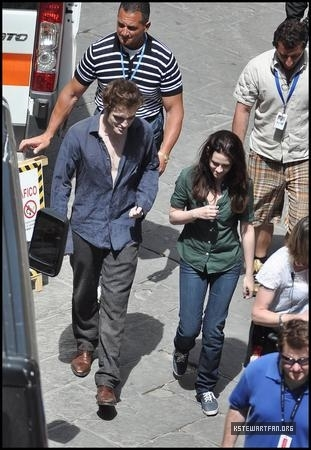 On Set: May 27, 2009