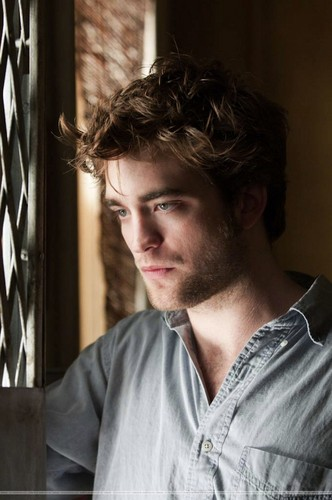 Robert pattinson ~ Remember me