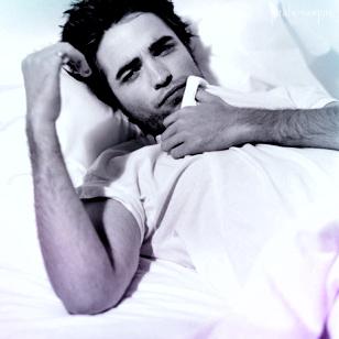 Robert Pattinson wallpaper with skin entitled Robert