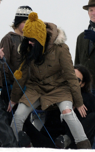 Russell Brand and Katy Perry sledging in London