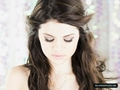 Selena Gomez kiss & Tell