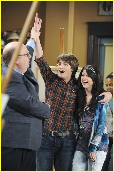 selena gomez on wizards of waverly. Selena Gomez Wizards of