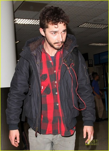 Shia arriving at LAX