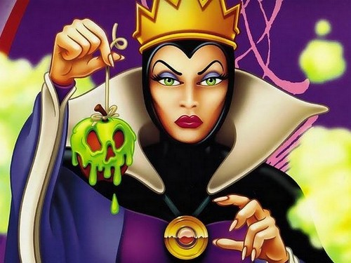 villanos de disney fondo de pantalla titled The queen